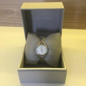 Đồng hồ Ck nữ Enlace Silver Dial Bangle K2L23120
