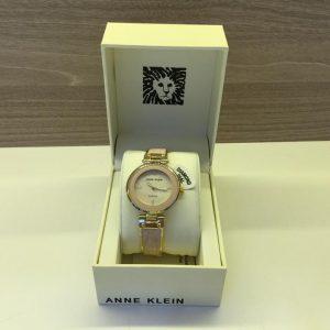 Đồng hồ nữ Anne Klein Blush Mother Of Pearl Dial 2512LPGB